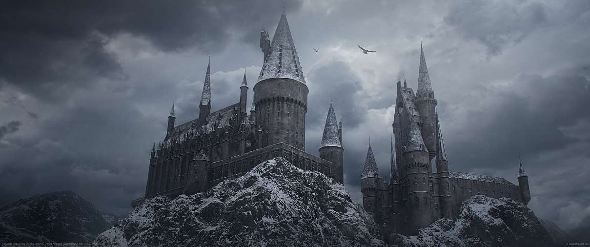 Hogwarts in the Snow ultrawide wallpaper